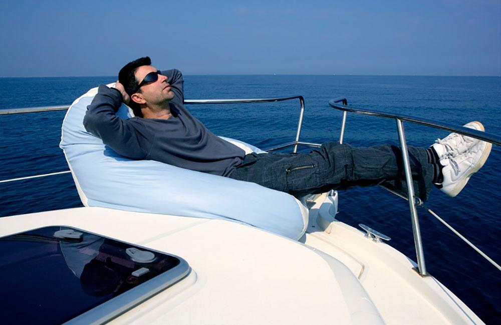 Polytex Matratzen Mann auf Bootspolster