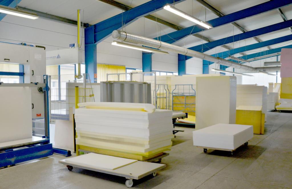 Polytex Matratzen Lagerhalle Material